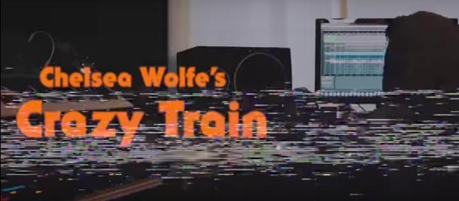 "Asculta ""Crazy Train"" in versiunea lui Chelsea Wolfe!"